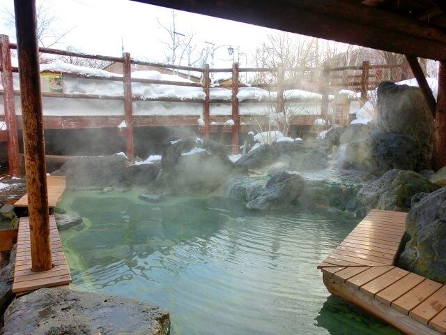 雪国の温泉